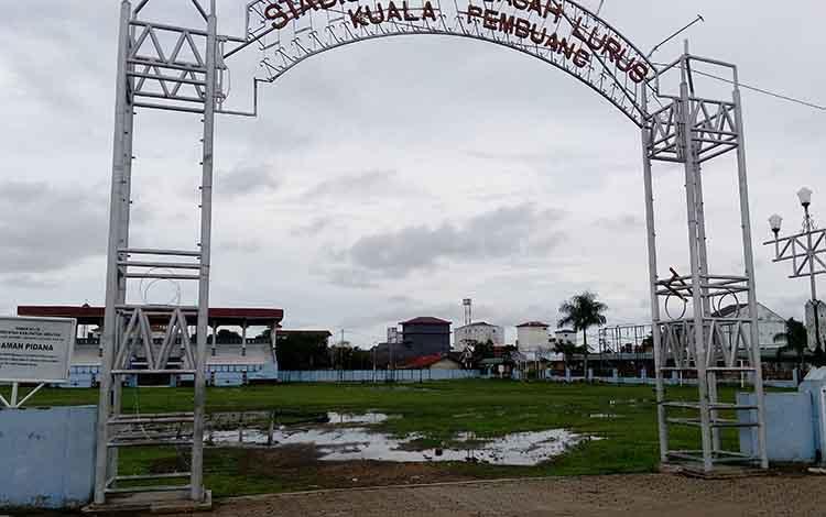 Lapangan Stadion Gagah Lurus
