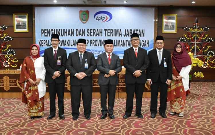Gubernur Kalteng Sugianto Sabran (tengah) bersama BPKP Kalteng dan BPKP RI