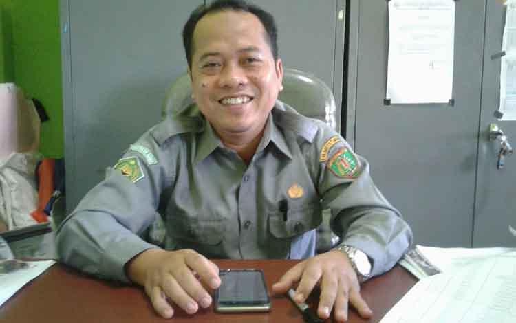 Bidang Pelayanan Haji dan Umroh Kementrian Agama (Kemenag) Kabupaten Barito Timur Ahmad Jawawi