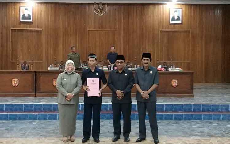 Wakil Ketua DPRD Kotawaringin Barat (Kobar) Rudi Gozali Rahman