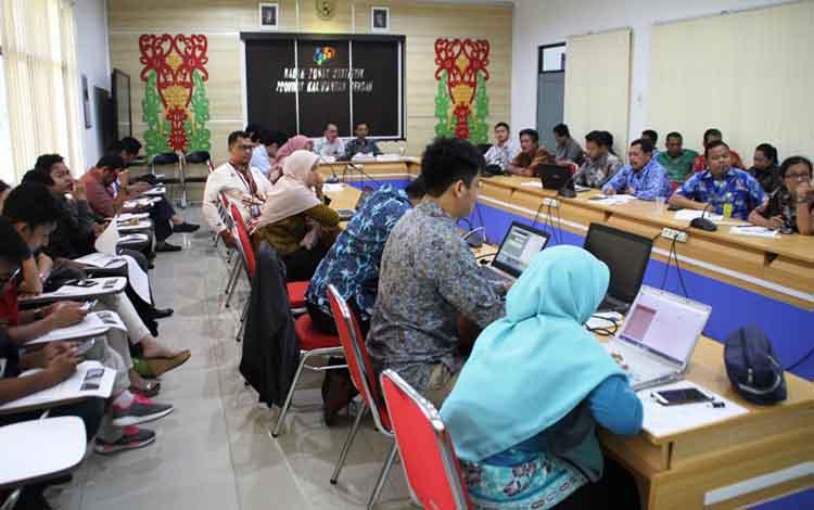 Badan Pusat Statistik Kalimantan Tengah mencatat Pelabuhan Kumai dan Sampit masih menjadi pilihan utama masyarakat untuk transportasi laut, Jumat, 3 Mei 2019.
