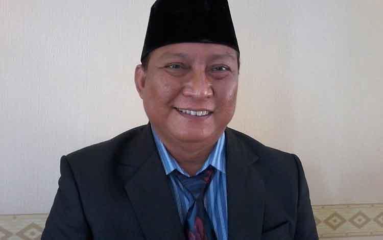 Keterangan poto: Kepala Dinas Kesehatan Kabupaten Katingan, dr Robertus Pamuriyanto.