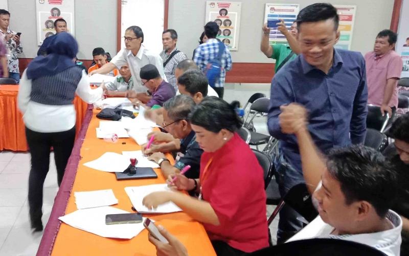 Rapat pleno tingkat KPU Kabupaten Kotawaringin Timur.