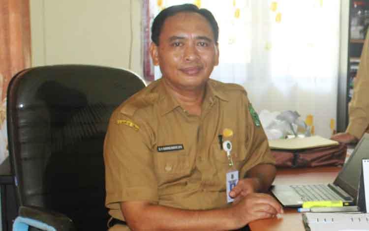 Plt Kepala Dinas Kominfo Kapuas Suwarno Muriyat.