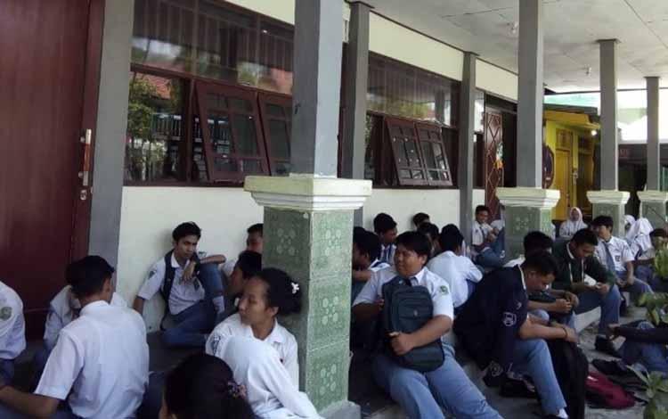 Kelulusan siswa di Kabupaten Kotawaringin Timur.