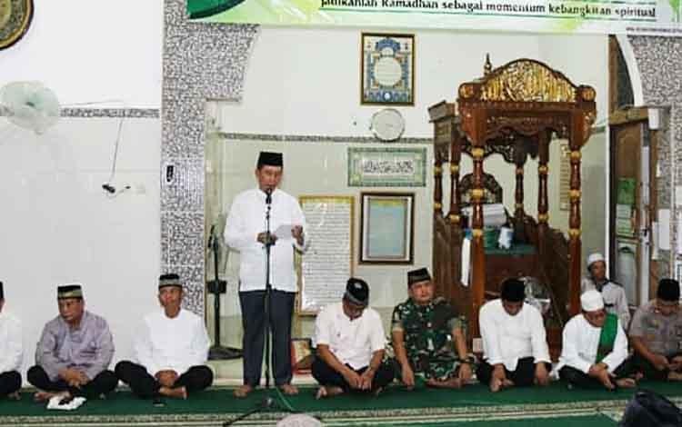 Safari Ramadan di Masjid Al Mahabbah Desa Lampeong II, Kecamatan Gunung Purei