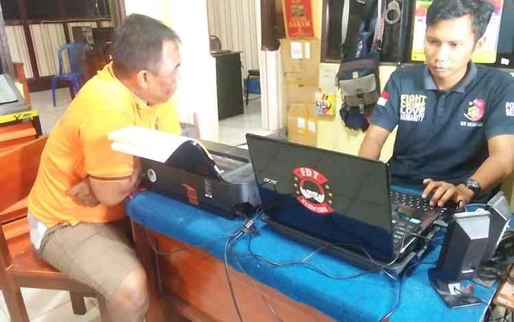DG alias YK saat diintrogasi penyidik Satreskrim Polres Seruyan, Sabtu 18 Mei 2019