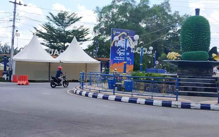 Lokasi Pos Terpadu di Bundaran Buah, Kota Muara Teweh.
