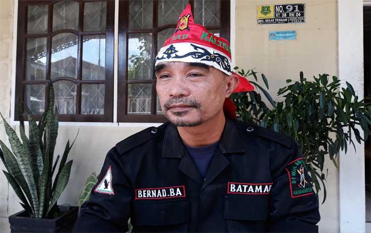 Sekretaris Batamad Kabupaten Kapuas, Bernad B Aritonang