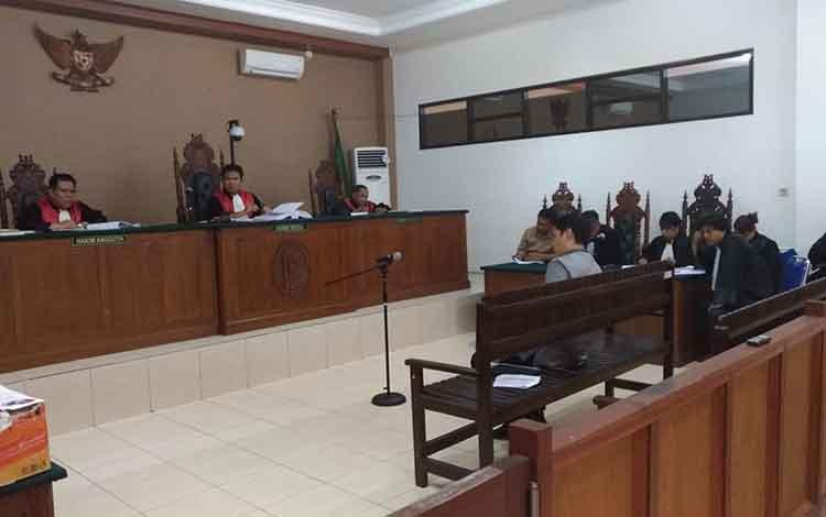 Ahli Kerugian Negara, Ahmad Ajam menjadi saksi dalam persidangan di Pengadilan Tipior Palangka Raya