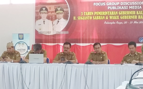 Suasana Focus Group Discussion Publikasi Media Pencapaian Pemerintah Provinsi Kalimantan Tengah selama 3 Tahun di Aula Bapeddalitbang, Selasa, 21 Mei 2019.