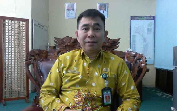 Kepala Dinas Penanaman Modal dan Pelayanan Terpadu Satu Atap (PTSP) Kabupaten Katingan, Elmon Sianturi.