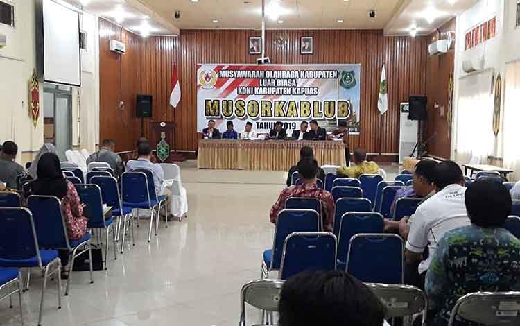 Suasana saat Musorkablub KONI Kabupaten Kapuas di Aula Bappeda pada Sabtu, 25 Mei 2019