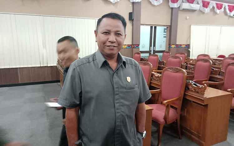 Ketua Komisi II DPRD Kotawaringin Timur, H Rudianur.