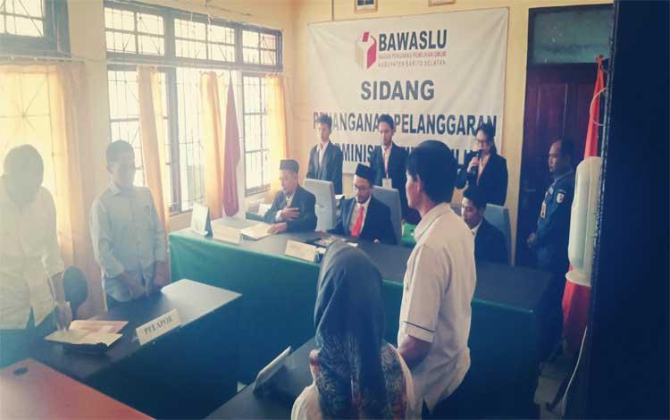 Sidang putusan Bawaslu terkait laporan dugaan pelanggaran adminitrasi pemilu di TPS 05 Palurejo