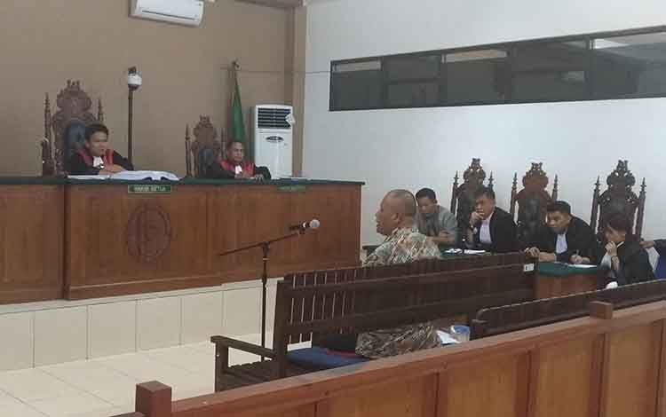 Nasrun, Ahli Keuangan Daerah menjadi saksi dalam persidangan di Pengadilan Tipikor Palangka Raya