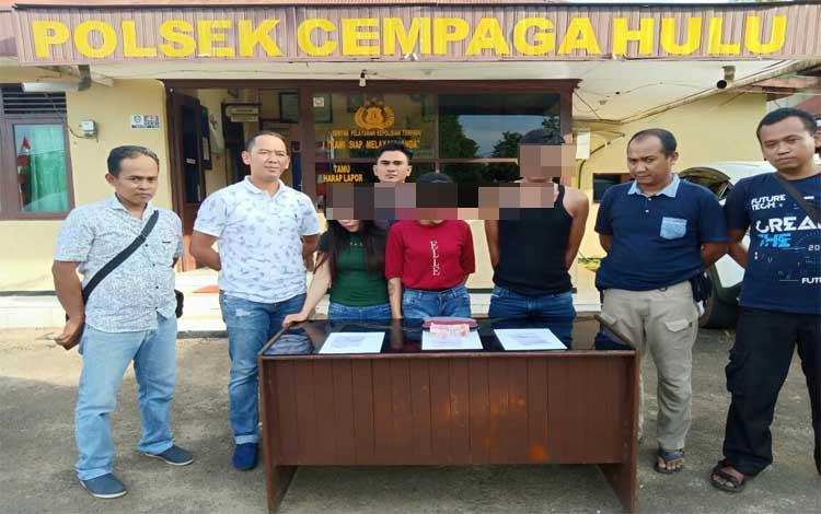 Anggota Polsek Cempaga Hulu merilis 3 tersangka pengedar sabu, Rabu, 29 Mei 2019