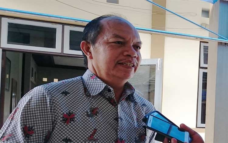 Kepala BKPPD Gunung Mas, Lurand