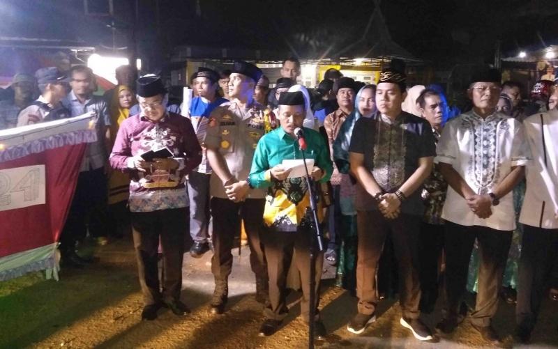 Pelepasan peserta pawai takbir keliling di Barito Timur.