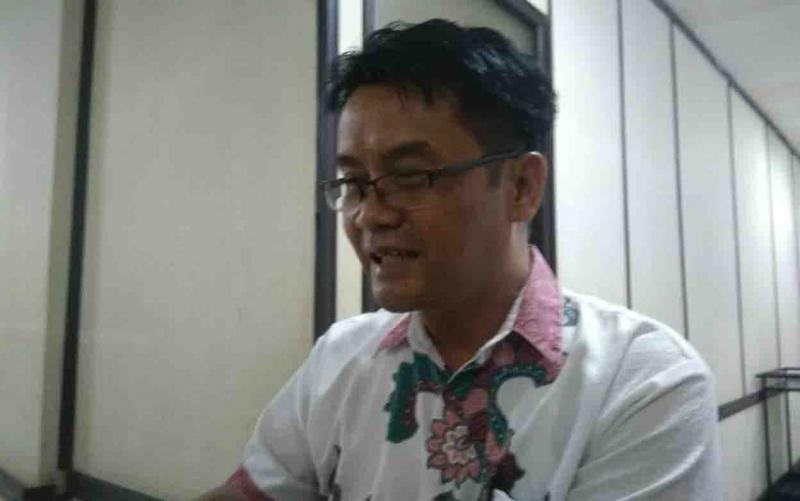 Ketua Komisi III DPRD Barito Timur, Depe.