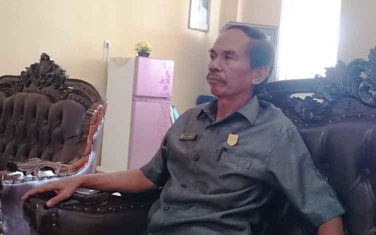 Ketua DPRD Kabupaten Gunung Mas, Gumer.