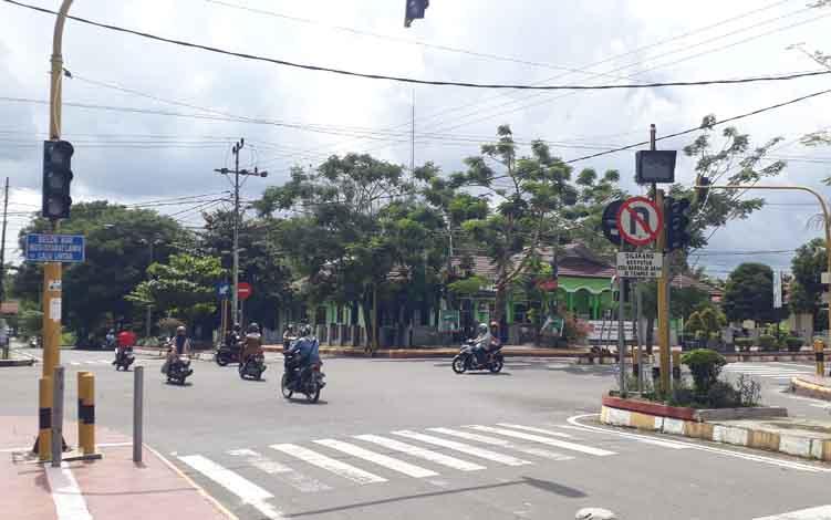 Trafic Light di Perempatan Jalan Hasanudin Mati, Selasa, 11 Juni 2019.