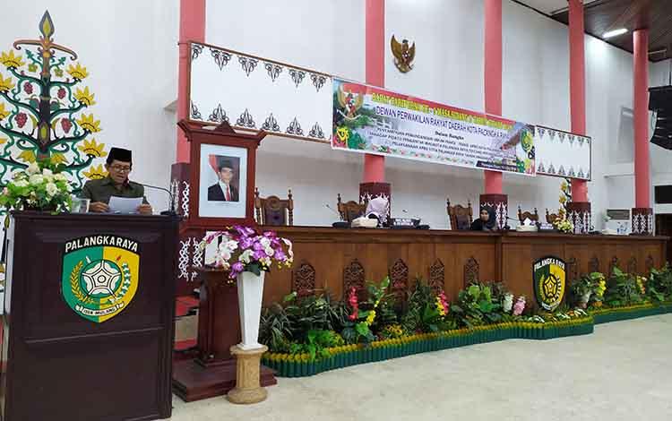 Juru Bicara Fraksi Partai Hanura, Diu Husaini membacakan pemandangan fraksi, Rabu, 12 Juni 2019.