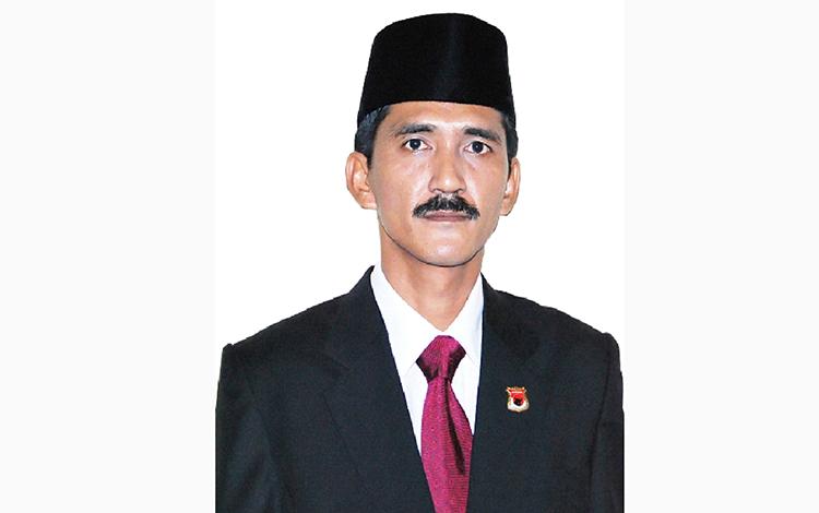 Wakil Ketua 2 DPRD Kobar Mulyadin
