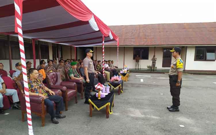 Apel konsolidasi Operasi Ketupat Telabang di Polres Barito Selatan.