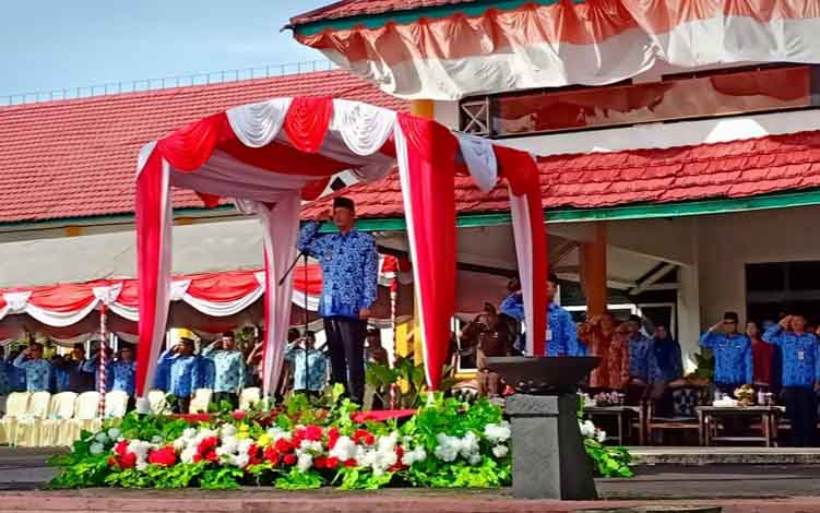 Pemerintah Kabupaten Sukamara saat menggelar upacara peringatan Hari Kelahiran Pancasila di halam Setda, Kamis, 13 Juni 2019.
