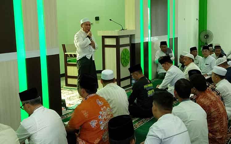 Gubernur Kalteng Sugianto Sabran memberikan sambutan berikut meresmikan Masjid AR Rasyid di Jalan G Obos 18, Palangka Raya, Jumat, 14 Juni 2019