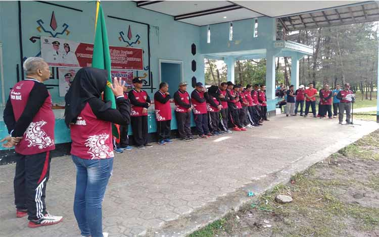 Kontingen Kabupaten Seruyan dilepas oleh Sekda Haryono untuk berangkat ke Palangka Raya, Jumat 14 Juni 2019