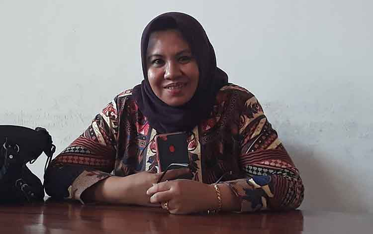 Anggota Komisi III DPRD Kapuas Noni Ermirawati