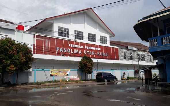 Pelabuhan Panglima Utar Kumai.