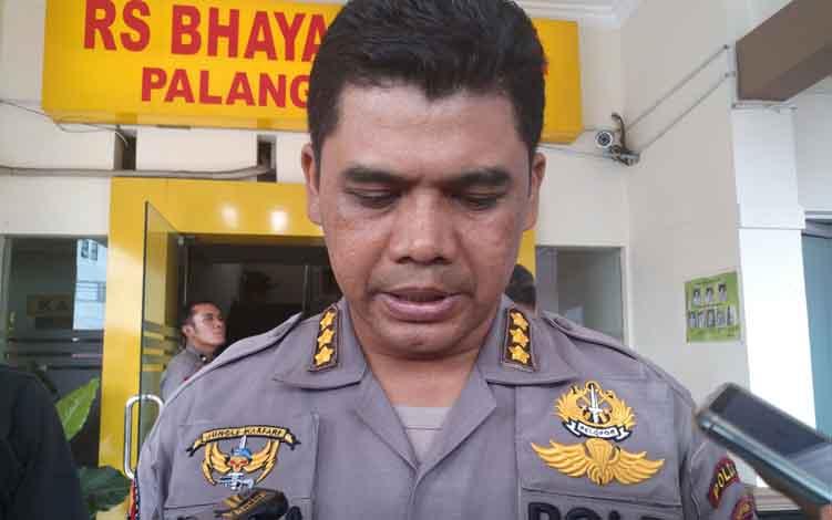 Kabid Humas Polda Kalimantan Tengah Kombes Pol Hendra Rochmawan