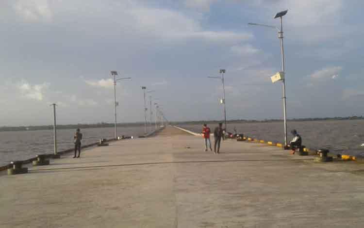 Pelabuhan Teluk Segintung kini tinggal menunggu operasional