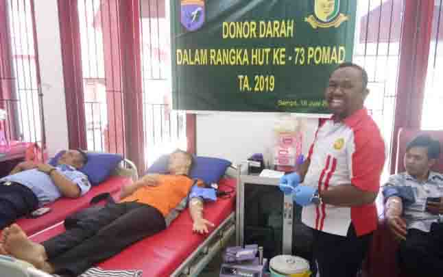 Donor darah yang digelar POM AD.