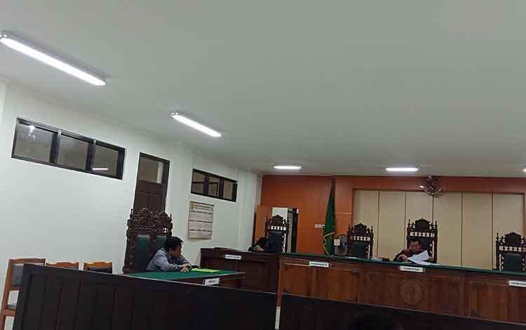 Sidang praperadipan di Pengadilan Negeri Sampit yang diajukan Basuki Purwadono