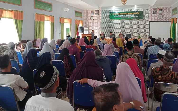 Bimbingan manasik haji di Aula Kemenag Murung Raya,  Selasa, 18 Juni 2019.