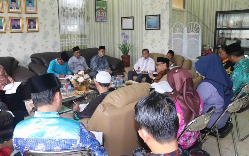 Rapat persiapan manasik haji di Kemenag Kapuas, Kamis, 20 Juni 2019.