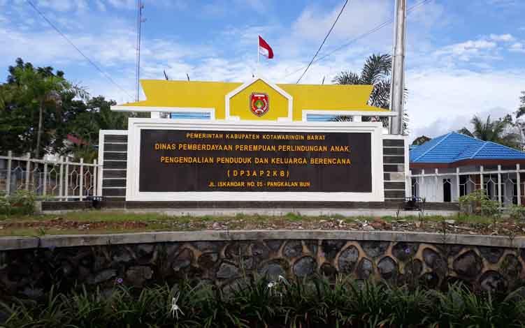 Kantor Dinas Pemberdayaan Perempuan, Perlindungan Anak, Pengendalian Penduduk dan Keluarga Berencana (DP3AP2KB) Kabupaten Kotawaringin Barat.
