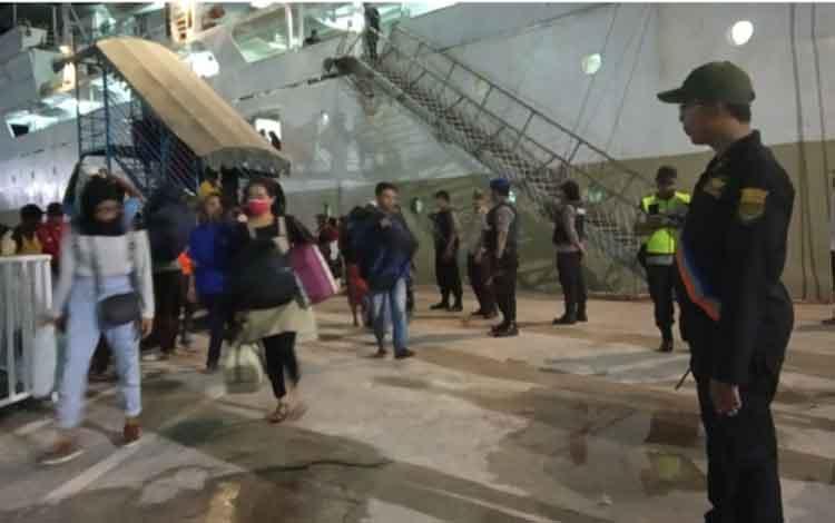 Arus balik Lebaran di Pelabuhan Panglima Utar Kumai