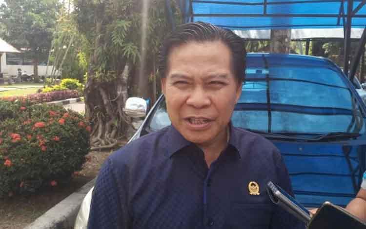 Ketua DPRD Kapuas, Algrin Gasan