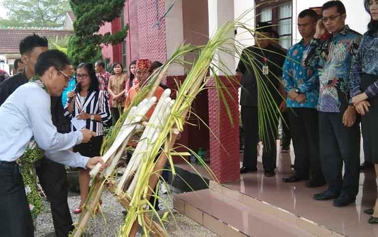 Penyambutan Wakil Bupati Bolaang Mongondow Provinsi Sulawesi Utara, Jumat, 28 Juni 2019.