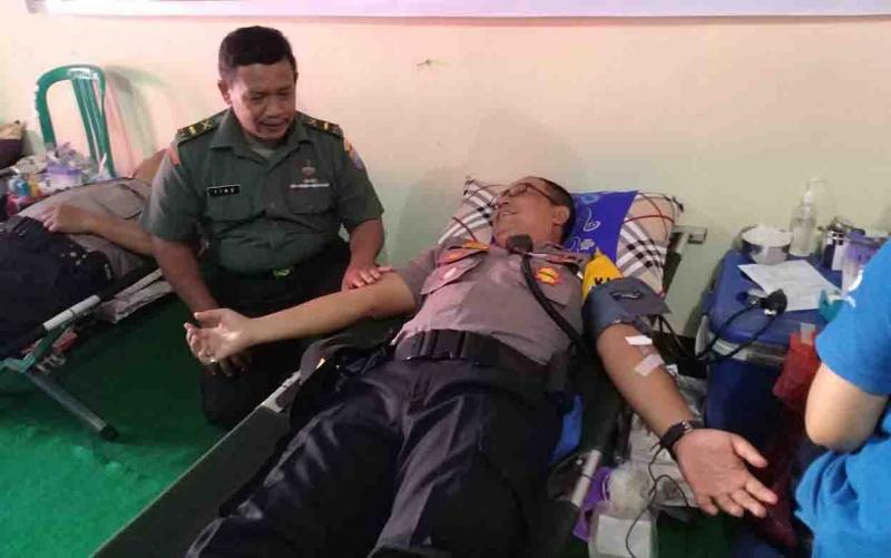 Donor darah yang digelar Polsek Pahandut, Minggu, 30 Juni 2019.