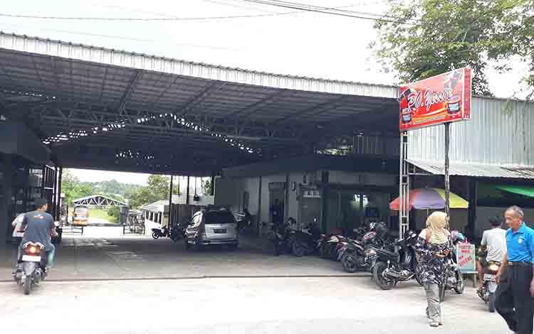 Kantor PO Yessoe di Jalan Kawitan I, Pangkalan Bun, Kabupaten Kobar.