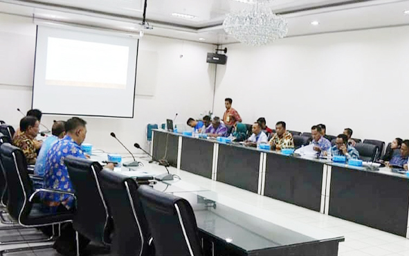 Rapat lanjutan dalam rangka persiapan Pemkab Barito Utara mengikuti kegiatan Asosiasi Pemerintah Kabupaten Seluruh Indonesia Otonomi Expo 2019.