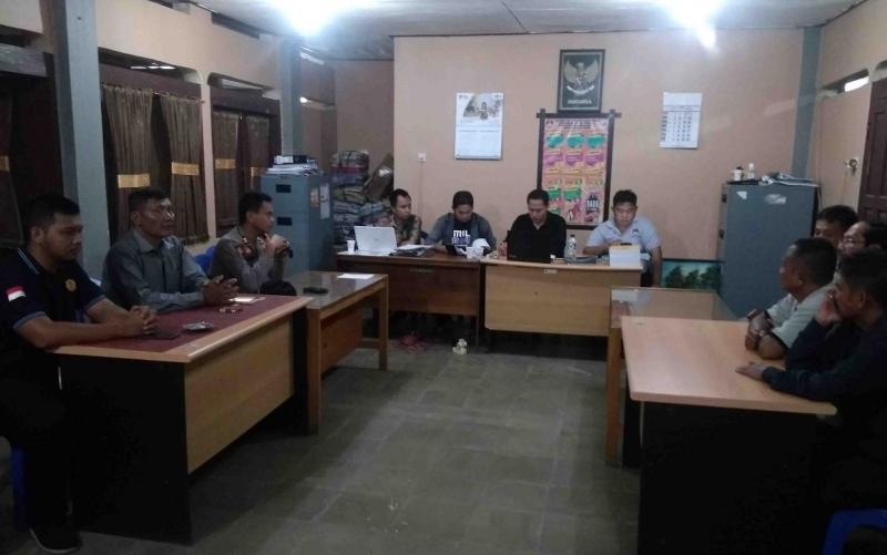 Rapat pleno di KPU Barito Timur, Senin, 1 Juli 2019.
