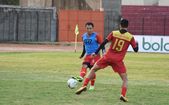 Pemain Kalteng Putra menjalani latihan, Selasa, 2 Juli 2019.