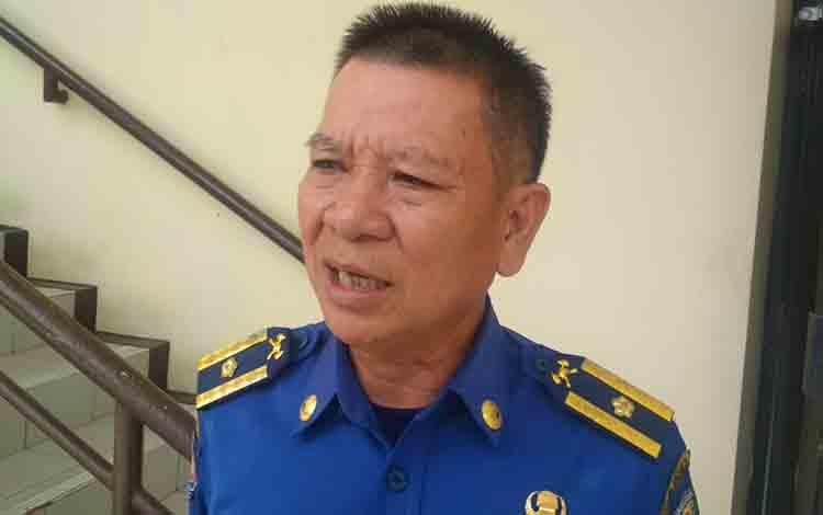 Kepala Bidang Pemadam Kebakaran DPKP Kota Palangka Raya, Walter.